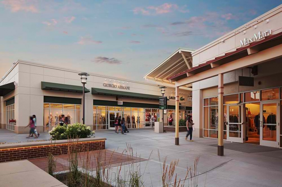476663826f6b1 Chicago Premium Outlets -- Outlet store in Chicago